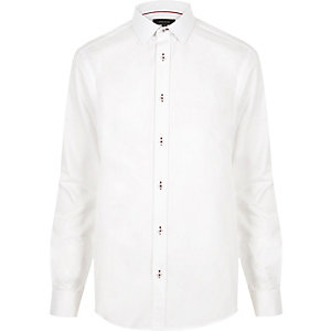 White contrast red stitch slim shirt