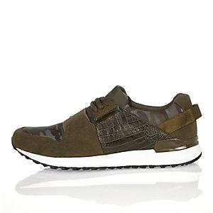 Grüne Camouflage-Sneaker