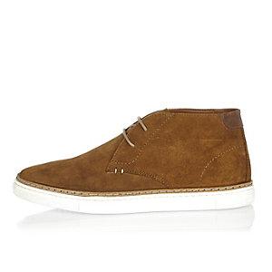 Braune Chukka-Stiefel aus Wildleder