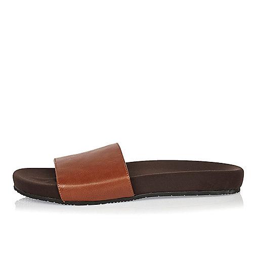 Nu-pieds marron