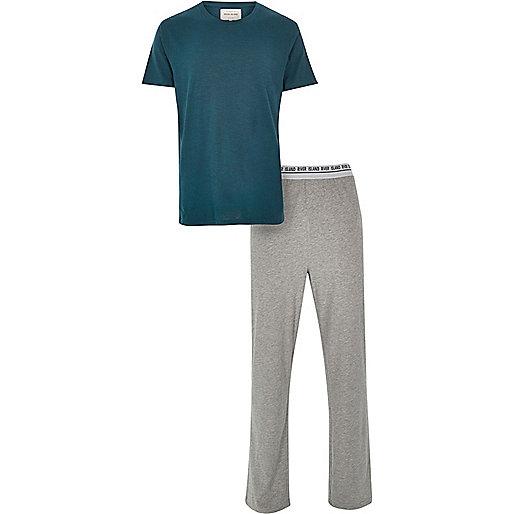 Green t-shirt and bottoms pajama set