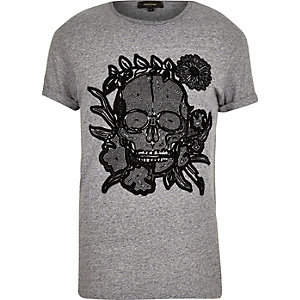 Grey skull print t-shirt