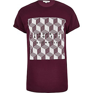 Dark red geometric print t-shirt