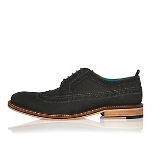 Navy round toe brogues