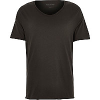 Black scoop V-neck slim fit T-shirt