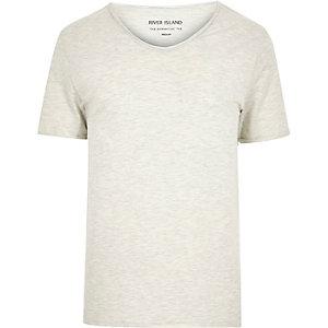 Ecru rounded V-neck t-shirt