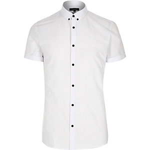 White short sleeve slim shirt