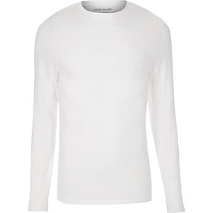 T-shirt blanc ajusté à manches longues