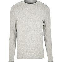 Langärmliges, grau meliertes T-Shirt