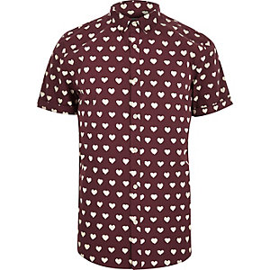 Red heart print short sleeve shirt
