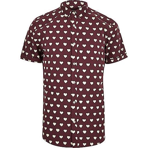 Red heart print short sleeve shirt