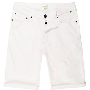 White denim skinny shorts