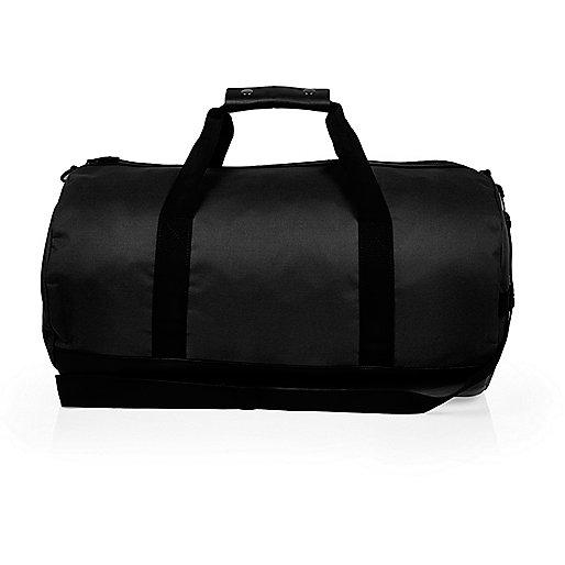 Schwarze Duffle-Tasche