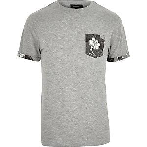Grey floral print pocket t-shirt