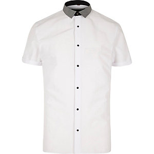 White gingham trim short sleeve shirt