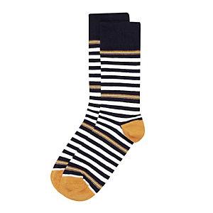 White multi stripe socks