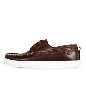 Medium brown boat shoes