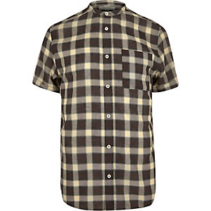 Brown checked short sleeve shirt