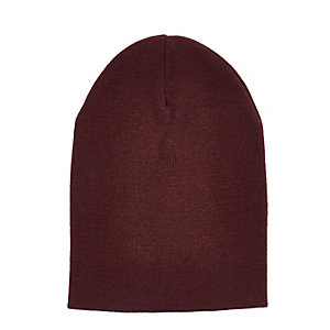 Burgundy knit beanie hat