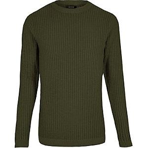 Dunkelgrüner, schmaler Pullover