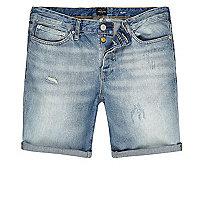 Short en jean bleu clair délavé coupe slim
