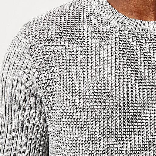 Grauer, strukturierter Tunika-Pullover