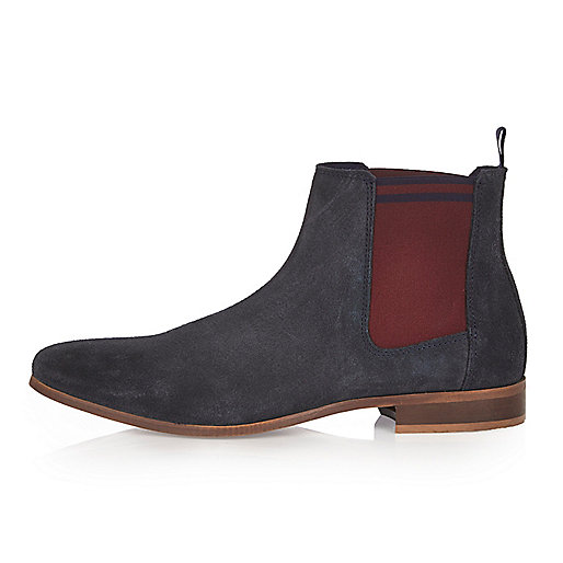 Navy tipped Chelsea boots