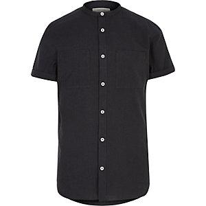 Chemise noire texturée sans col