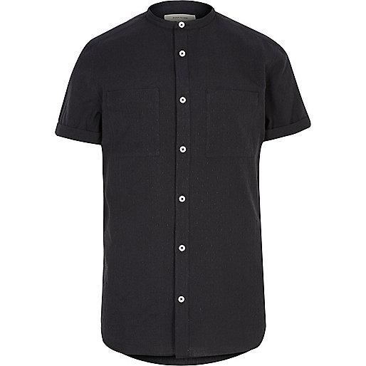 Schwarzes, strukturiertes Grandad-Hemd