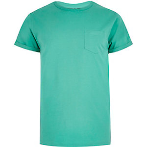 Green crew neck T-shirt