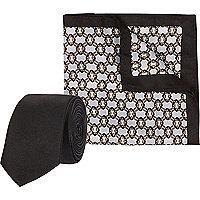 Schwarzes, bedrucktes Set mit Einstecktuch und Krawatte