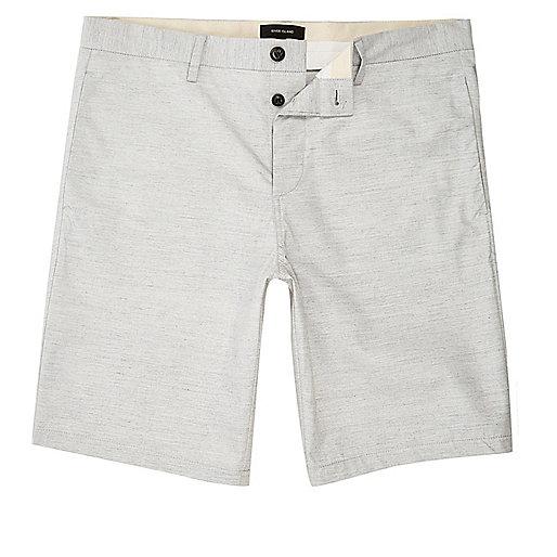 Weiß melierte, schmale Chino-Shorts