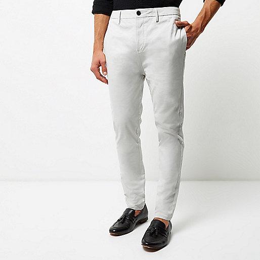 Pantalon chino fuselé gris clair