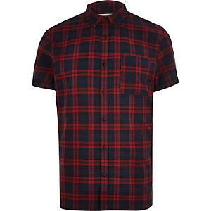 Chemise en flanelle à carreaux rouge à manches courtes