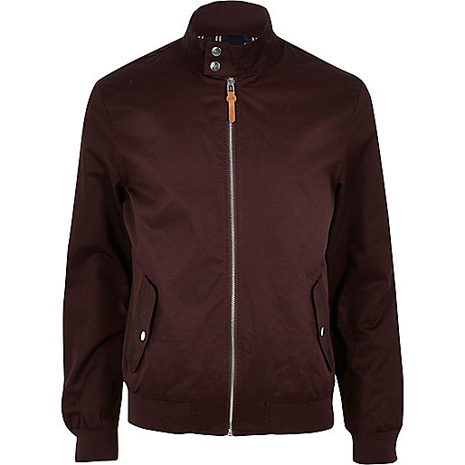 Harrington-Jacke in Bordeaux mit Tunnelkragen