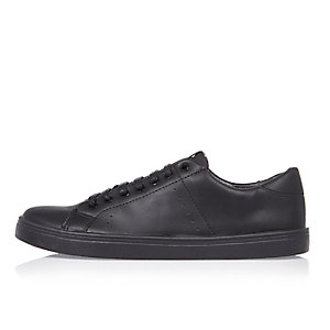 Black tonal sneakers