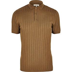 Polo côtelé marron clair coupe près du corps