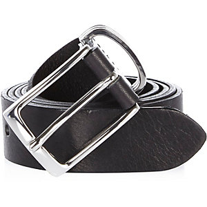 Black textured Italian leather belt