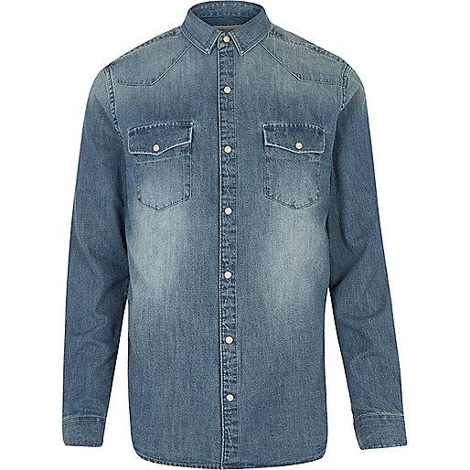 Chemise en jean bleu moyen délavé style Western