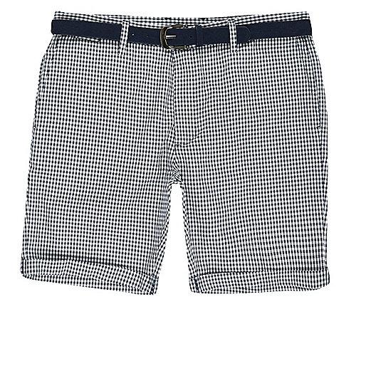 Blue houndstooth belted bermuda shorts