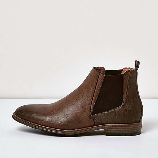 Braune, robuste Chelsea-Stiefel