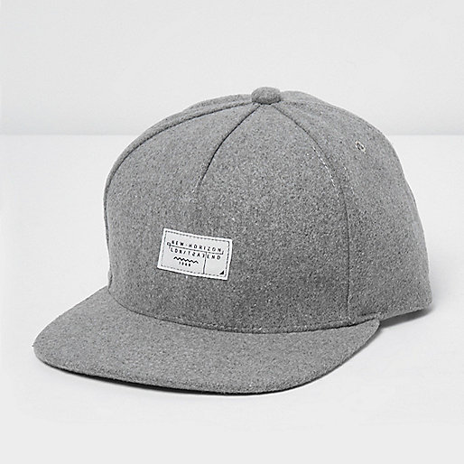 Grey melton cap