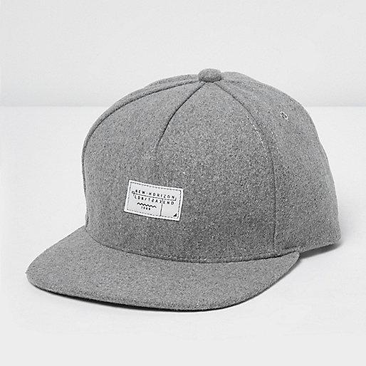Graue Kappe