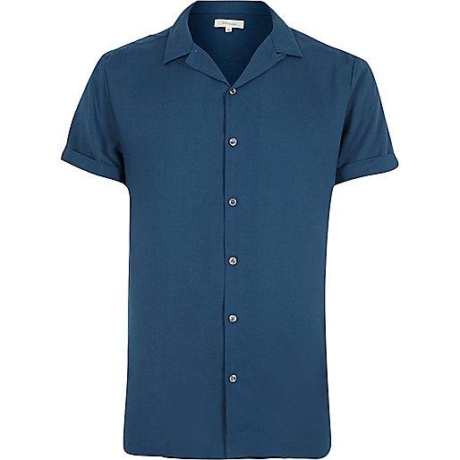 Blue revere collar short sleeve shirt