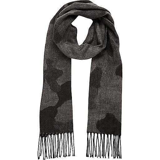 Grey camo scarf