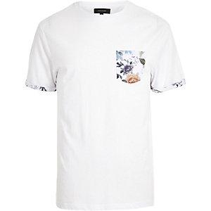 White oriental pocket print t-shirt