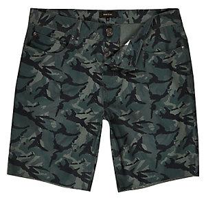 Green camo slim fit shorts
