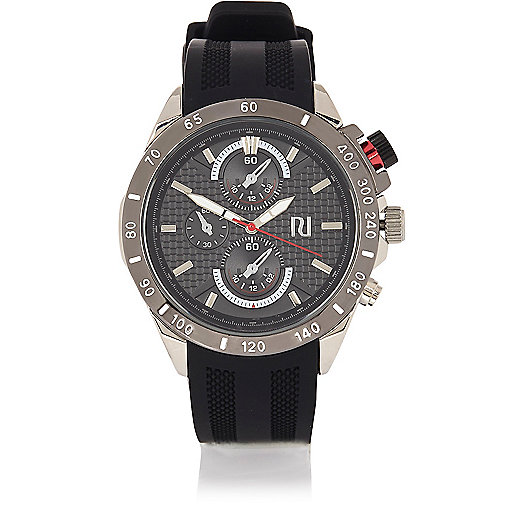 Black rubber sports watch
