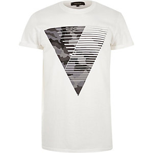 White camouflage triangle print t-shirt