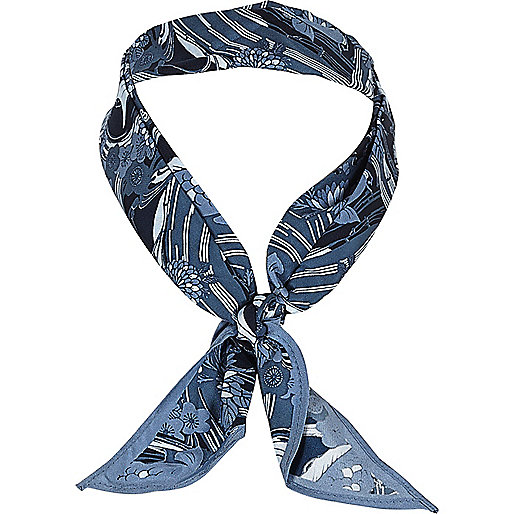 Blue fish print neck scarf